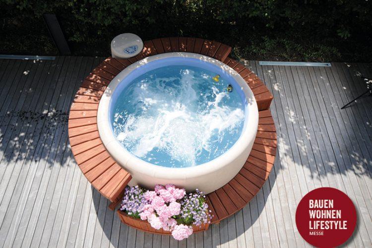 Wellnessbad im eigenen Garten -mit Softub Whirlpools